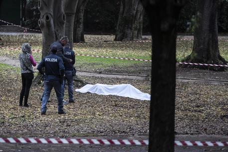 Donna morta, Milano, Polizia