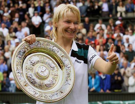 Jana Novotná, è morta l'ex tennista Ceca. Vinse Wimbledon nel 1998