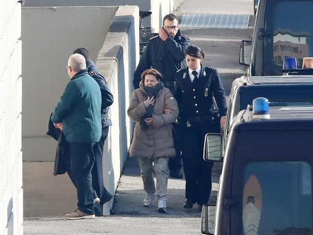Nuove prove per scagionarli? Olindo e Rosa arrivano a Brescia