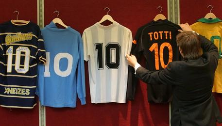 Calcio, cimeli storici all'asta Bolaffi Piemonte ANSA.it