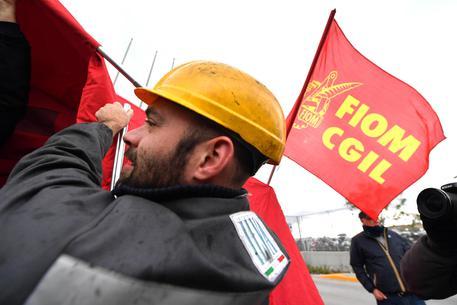 Ilva, i sindacati proclamano lo sciopero.