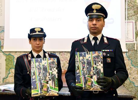 Calendario Carabinieri.Carabinieri Nespolo Firma Calendario 18 Piemonte Ansa It