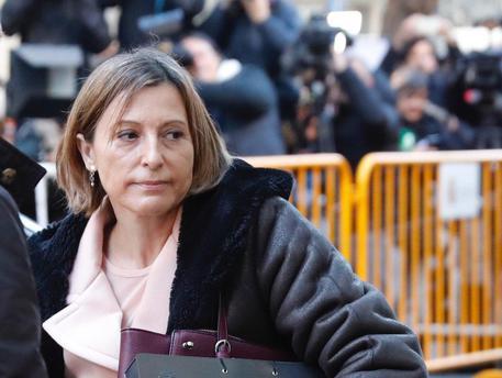 Catalogna, in carcere anche la presidente del Parlament