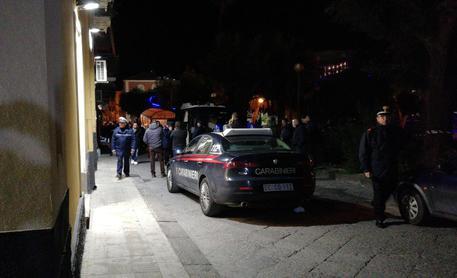 Parabiago, donna uccisa a coltellate in casa