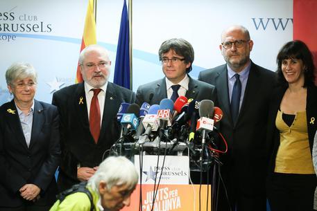 La conferenza stampa di Carles Puigdemont © EPA