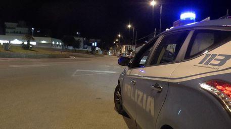 Torino: 46enne si dà fuoco in auto dopo lite con la moglie