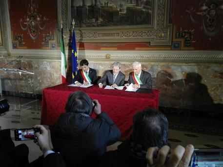 Gentiloni firma protocollo per periferie