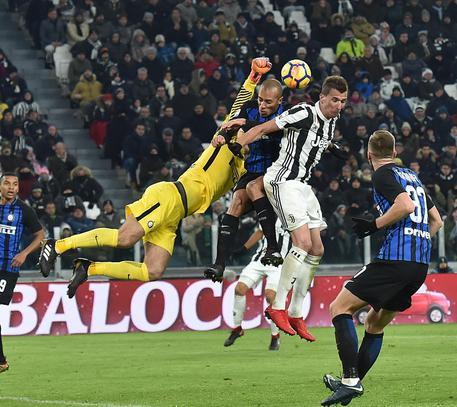 Calcio: Juventus e Inter senza gol A4ba6d102fc320e31ad2ba5a34af8851