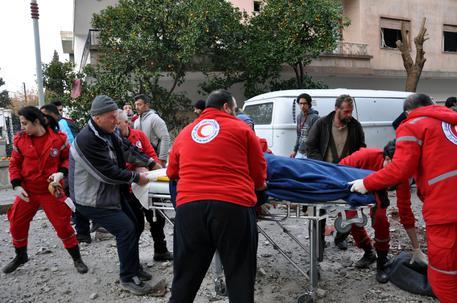 Homs, 30 morti in attacco kamikaze