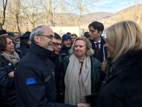 Terremoto commissaria Ue Cretu in visita a Norcia