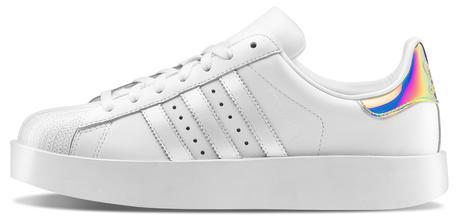 super cute 3c488 03475 Le nuove sneakers guardano agli anni '80 - Moda - ANSA.it