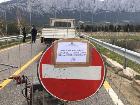 Ponte Oloè non apre, 2 paesi in rivolta