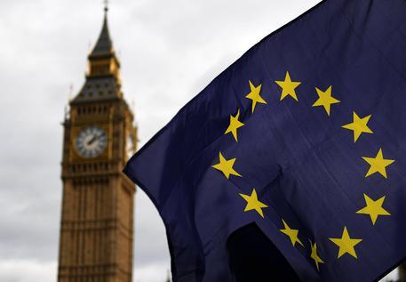 Brexit: via libera del Parlamento, strada senza ritorno