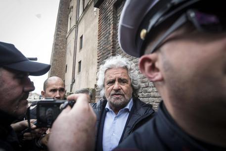 Grillo ferma lo stadio, scontro con la Roma
