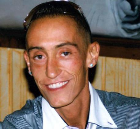 Caso Cucchi: sospensione dal servizio per tre carabinieri accusati di omicidio preterintenzionale