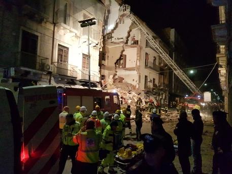 Crolla palazzina a Catania: un Morto e 4 feriti