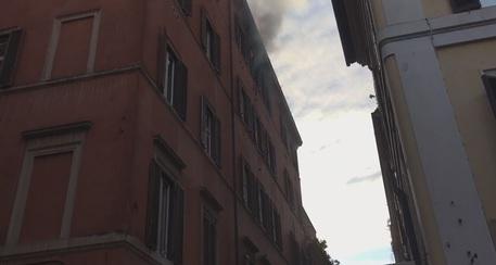 Ufficio In Fiamme : Fiamme in ufficio in centro a roma lazio ansa.it