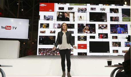 YouTube supera 1 miliardo di ore di video visti al giorno