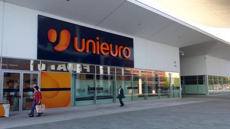 Aprono 12 negozi Unieuro in Sicilia: al momento logistica a Carini