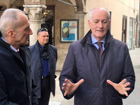 Polizia di Stato, Gabrielli riceve la cittadinanza onoraria di Ascoli Piceno
