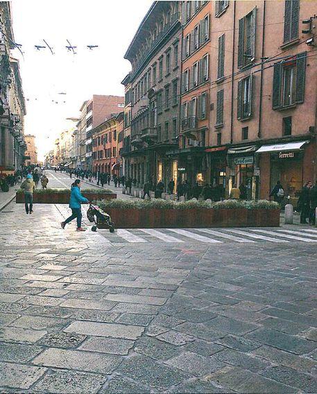Sicurezza fioriere mobili a bologna emilia romagna for Mobili bologna