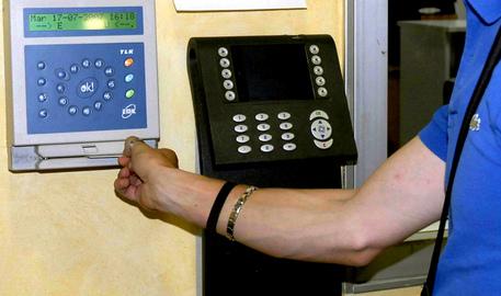 Ficarra (ME), indagati la metà degli impiegati del comune$