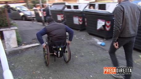 La vita ad ostacoli dei disabili © ANSA