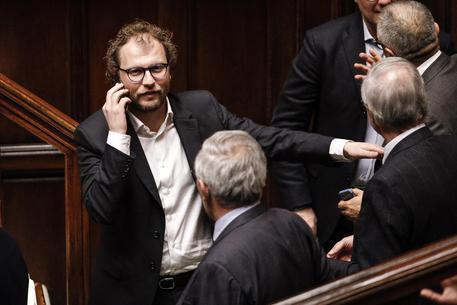 Senato boccia mozione sfiducia a Lotti