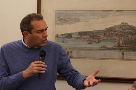 Comune di Napoli apre uno sportello per segnalare diffamazioni contro la città