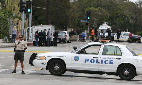 Sparatoria in una scuola di San Bernardino: 2 morti e 2 feriti