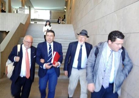 Firenze, Tiziano Renzi in tribunale contro Travaglio
