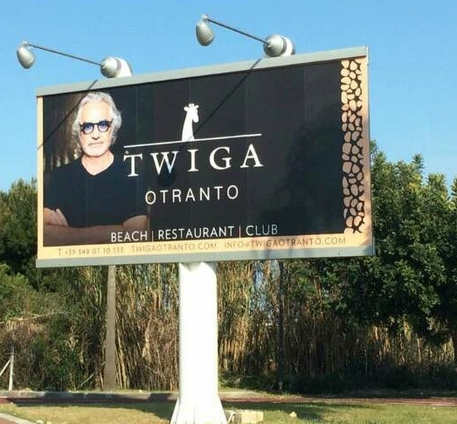 Il Twinga Beach Club di Briatore sequestrato per abusivismo