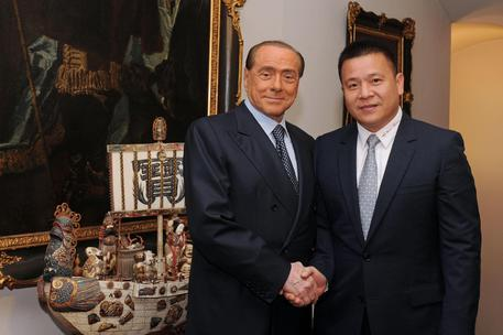 Berlusconi sells AC Milan shares to Chinese businessman Li Yonghong © ANSA