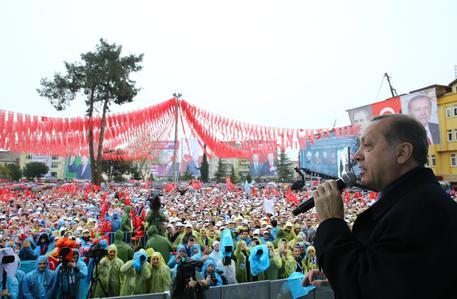 17 aprile 2017 in esteri // Così Erdogan ha condizionato il referendum turco