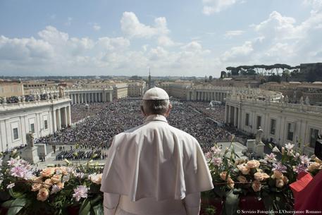 Papa Francesco nel giorno di Pasqua © ANSA