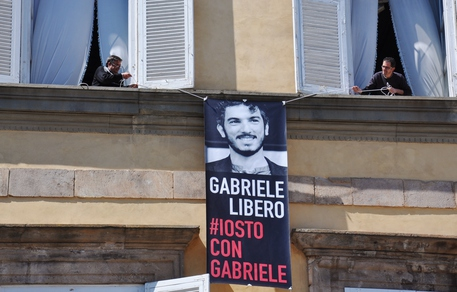 Del Grande: su Palazzo Ducale Lucca striscione per Gabriele © Ansa