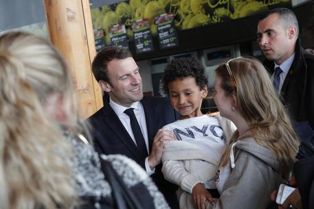 Emmanuel Macron © AP