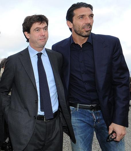 Calcio: Buffon, ero pronto a lasciare ma Agnelli mi ha fatto ripensare