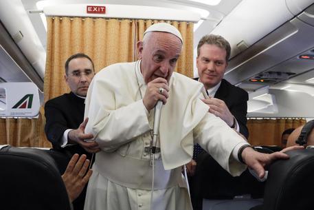 Pope Francis returns to Rome © EPA