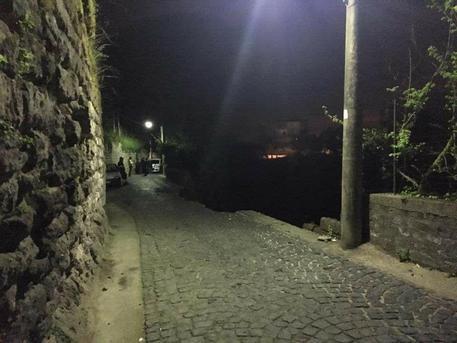 Paura a Piano di Sorrento, crolla strada su Ponte Orazio