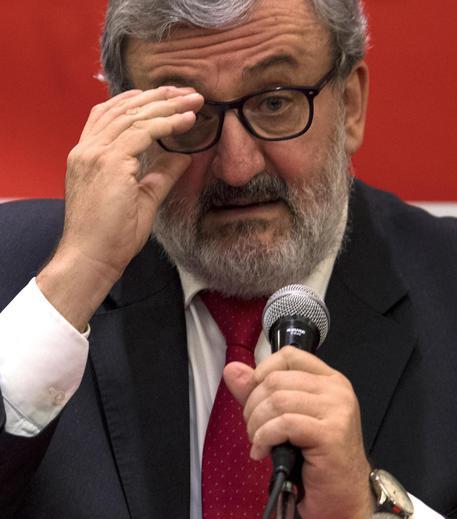 Michele Emiliano in una