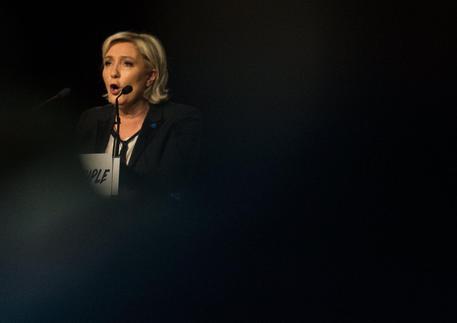 Marine Le Pen contro Papa Francesco/ Sugli immigrati: