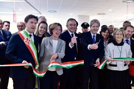 Lorenzin a Firenze: ospedale Careggi eccellenza ma non eccezione