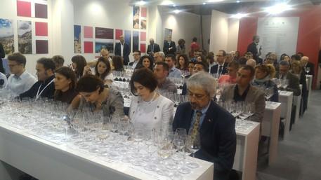 Vinitaly: trentamila visitatori nella 'Little Sicily' del vino