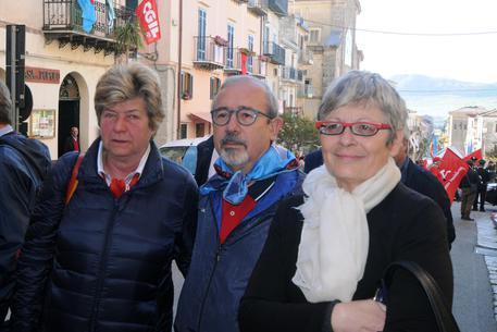 1 Maggio: sindacati commemorano vittime Portella Ginestra © ANSA