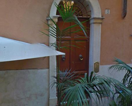 Cro - Roma omicidio choc: Massacra la compagna e si costituisce dai Carabinieri