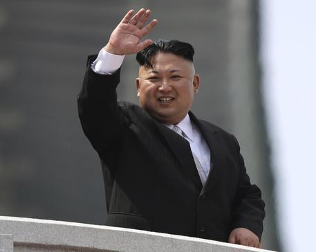 Caccia americana in volo su Corea, Pyongyang: