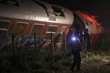 Grecia, treno deraglia e colpisce una casa. Tre morti e 10 feriti