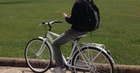 Catania, spaccia in bicicletta: arrestato$