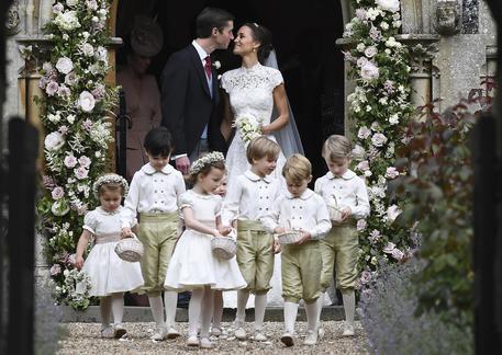 Matrimonio Di Pippa : Nozze pippa middleton e alla fine arriva meghan mondo ansa
